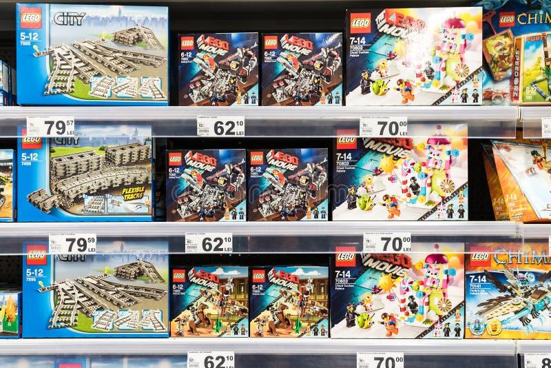 Lego Toys For Sale On-Supermarktplank royalty-vrije stock fotografie