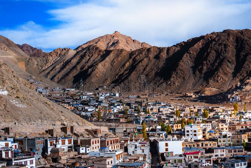 Leh-Ladakh miasto w górze fotografia royalty free