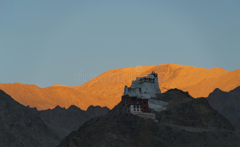 Leh stupa日落片刻 库存照片
