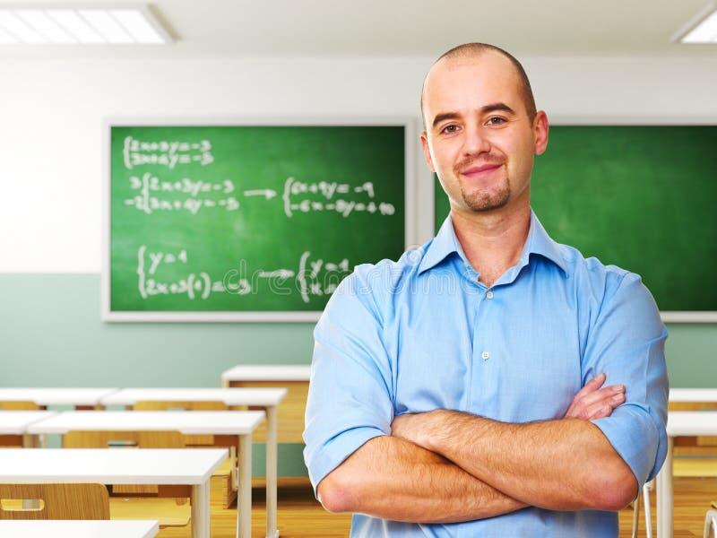 Lehrer im Klassenzimmer lizenzfreie stockfotos
