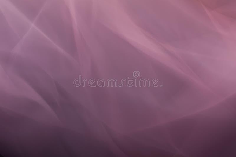 Leichter abstrakter lichtdurchlässiger Hintergrund von Tulle der Beerenfarbe stockfotos