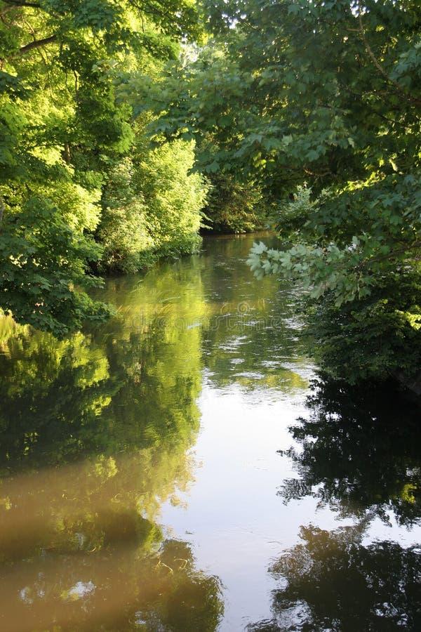 Leichter Fluss lizenzfreies stockfoto