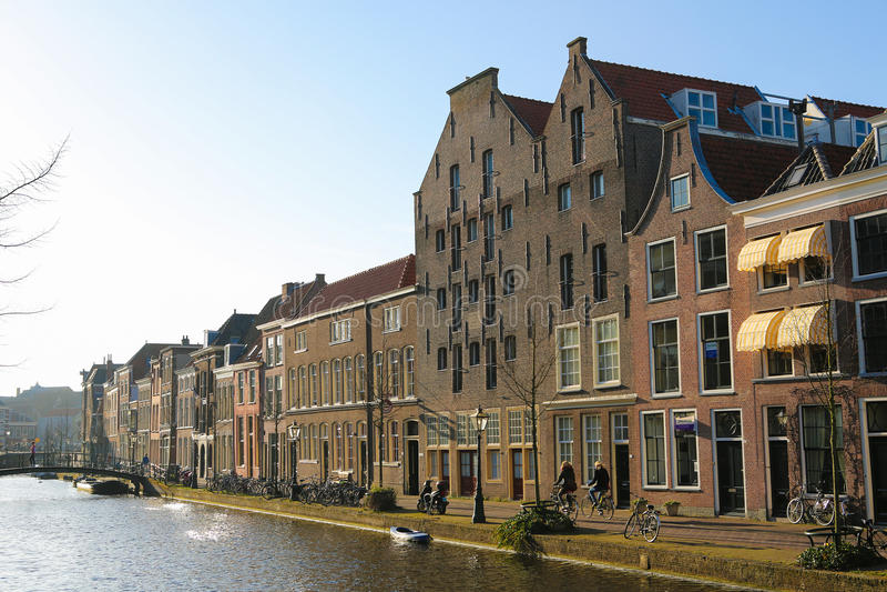 Download Leiden redactionele foto. Afbeelding bestaande uit huis - 39110426