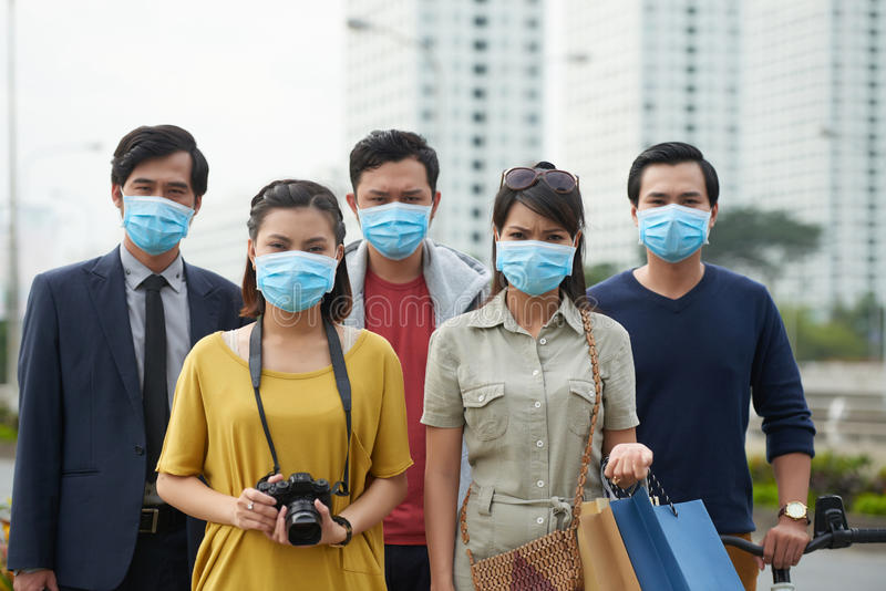 Leiden unter Luftverschmutzung lizenzfreie stockfotografie