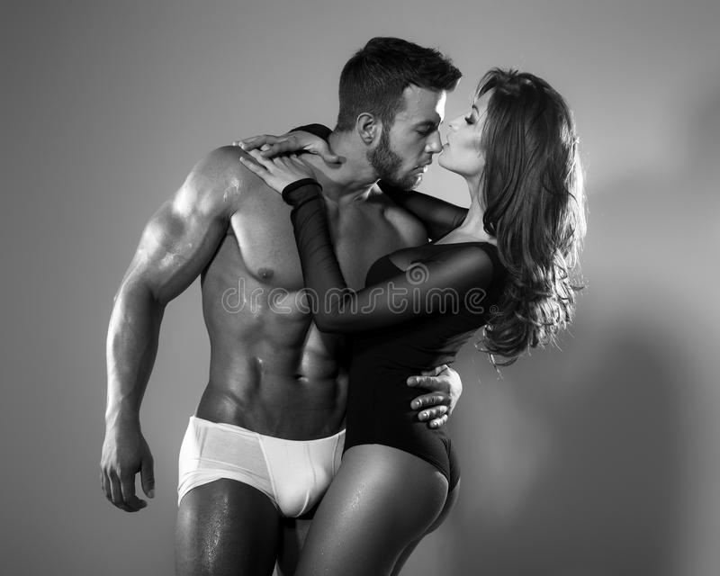 Leidenschaftsfrau und -mann stockbild