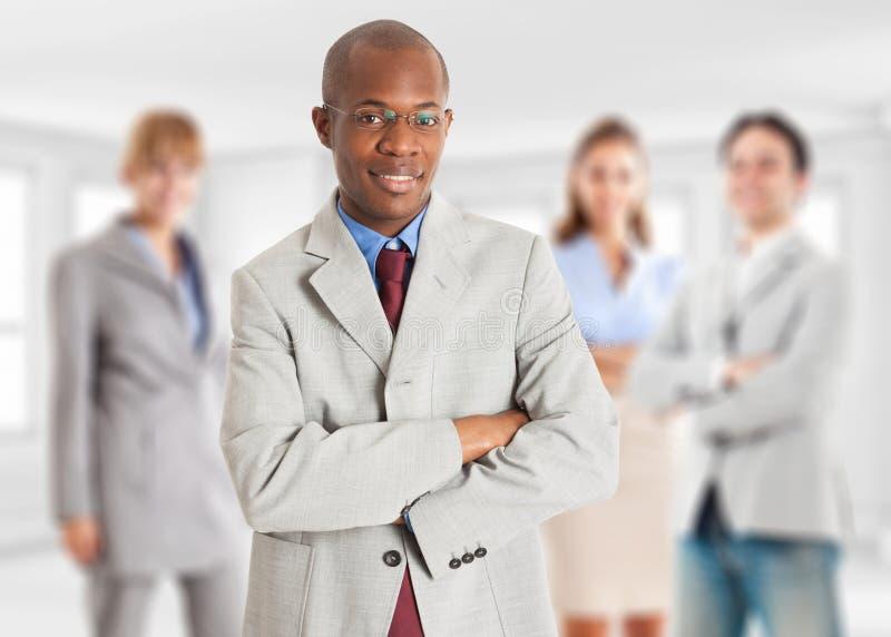 Leiding, zakenman met zijn team royalty-vrije stock afbeeldingen