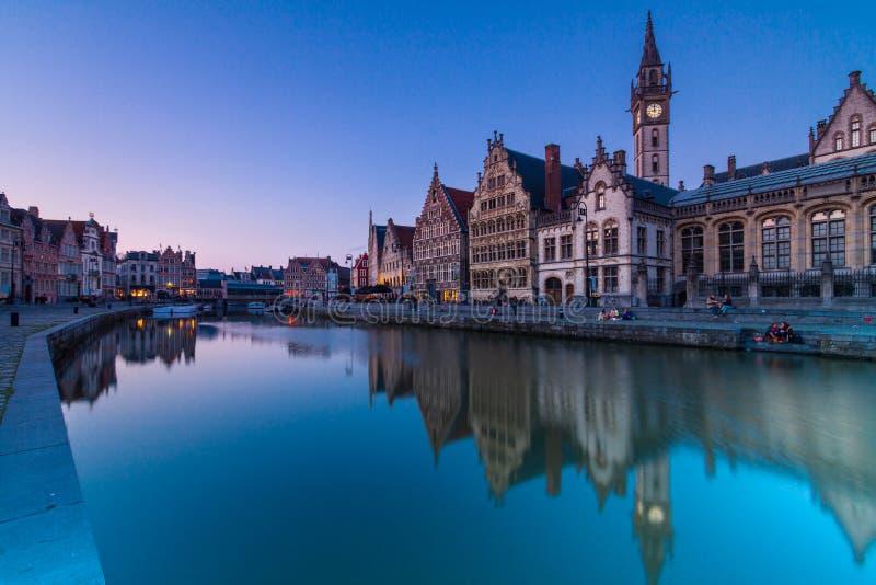 Leie flodbank i Ghent, Belgien, Europa. arkivbilder