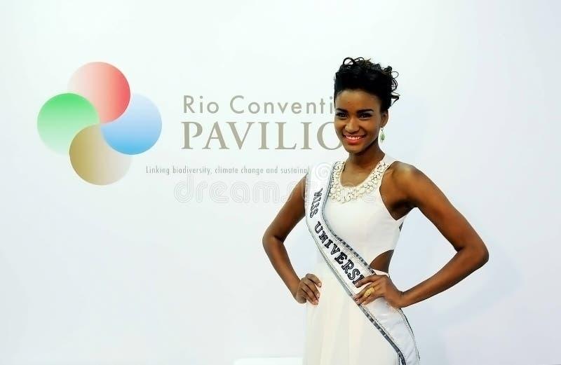 Leila Lopes - sig.na Universe 2012 fotografia stock