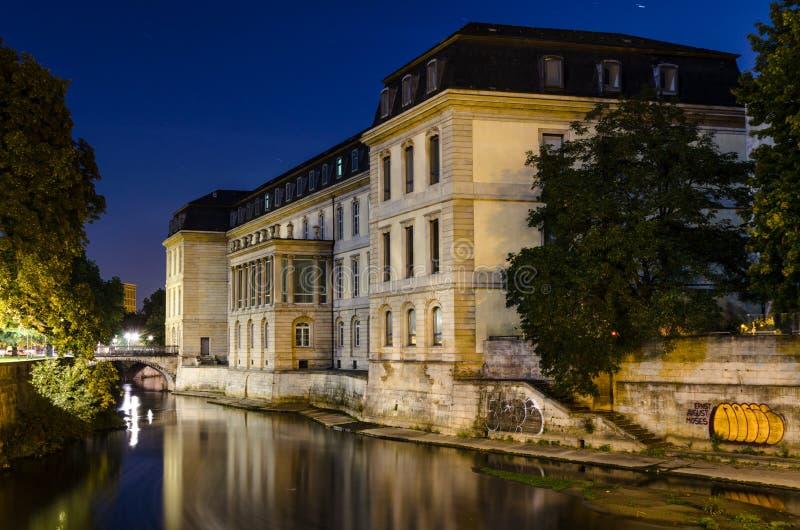 Leineschloss alla notte, Hannover, Germania fotografie stock