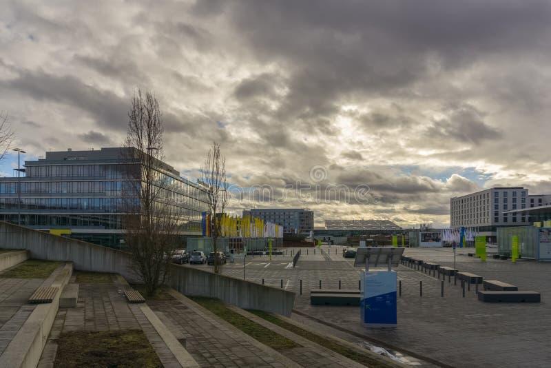 LEINFELDEN-ECHTERDINGEN, ALEMANIA - ENERO 27,2019: El sitio de la exposición esta área grande está cerca del aeropuerto fotografía de archivo