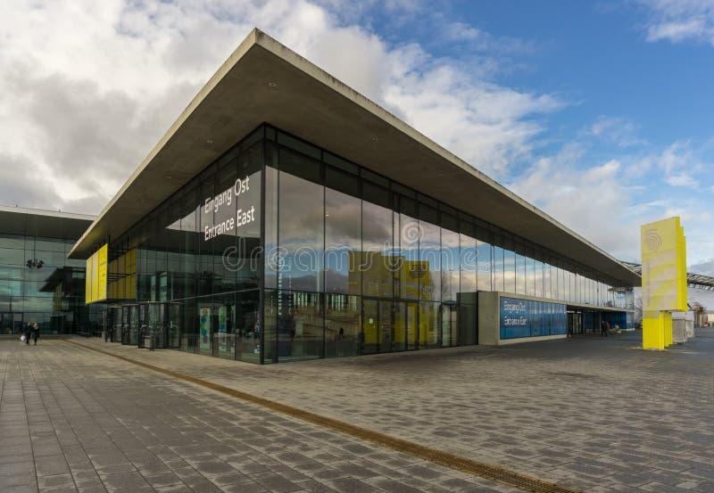 LEINFELDEN-ECHTERDINGEN TYSKLAND - JANUARI 27,2019: Utställningplatsen detta stora område är nära flygplatsen royaltyfri fotografi