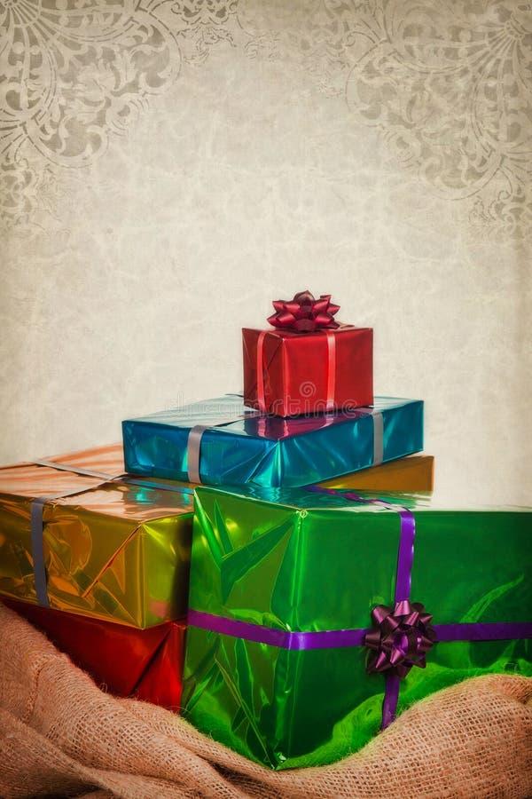 Leinwand-Sack von Sankt Nikolaus mit Geschenken lizenzfreies stockbild