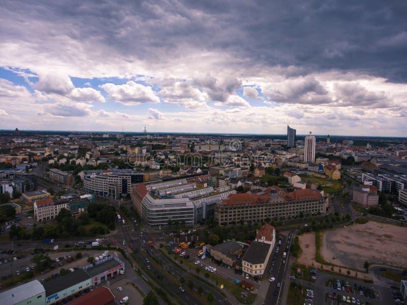 Leipzig, Panoramavogelperspektivestadtstadtwolken lizenzfreies stockbild