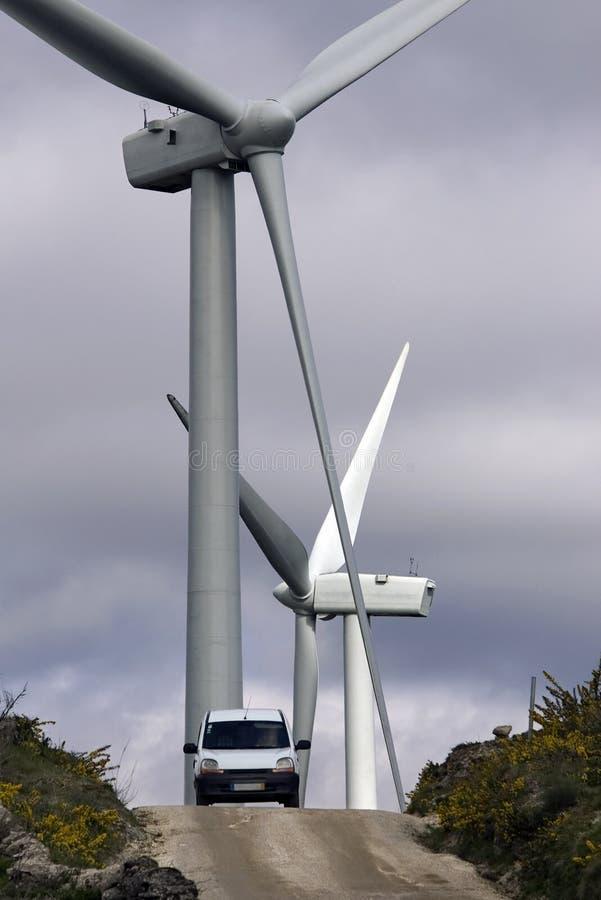 Leistung-Windmühlen. lizenzfreies stockbild