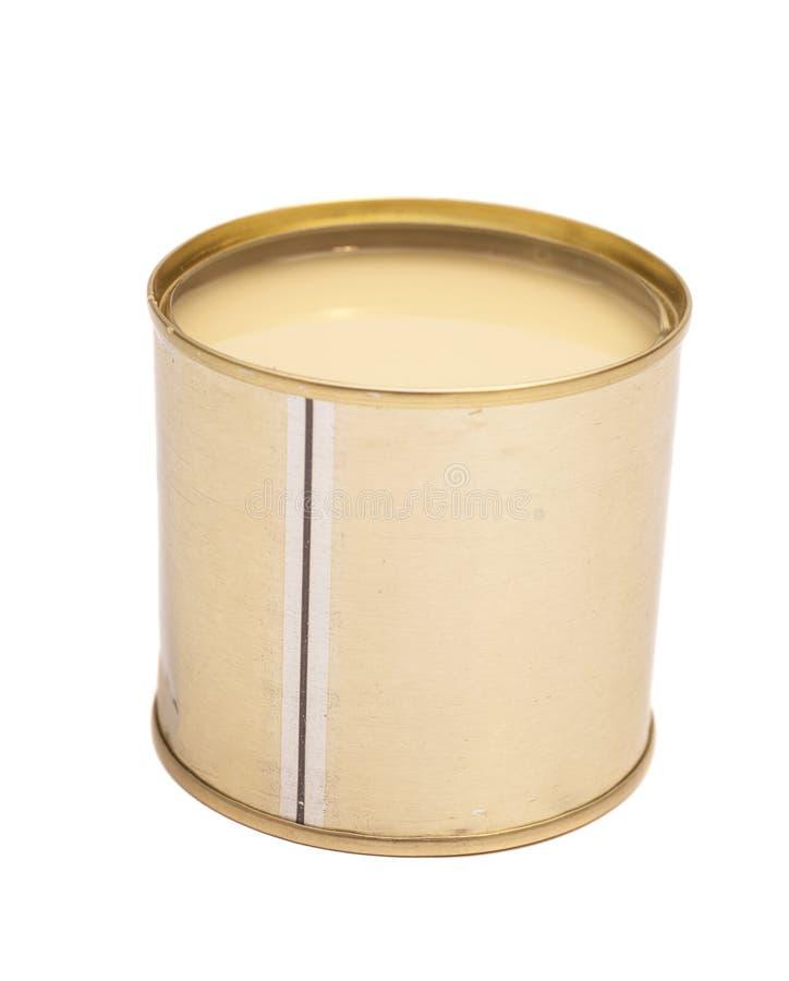 Leite condensado na lata de lata fotos de stock