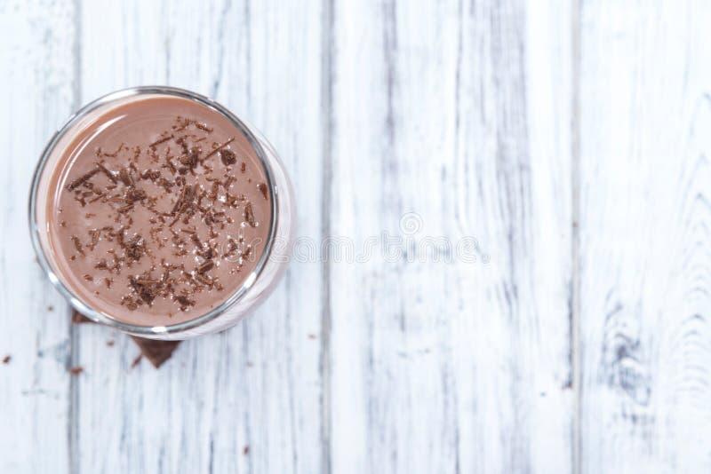 Leite de chocolate frio fotos de stock