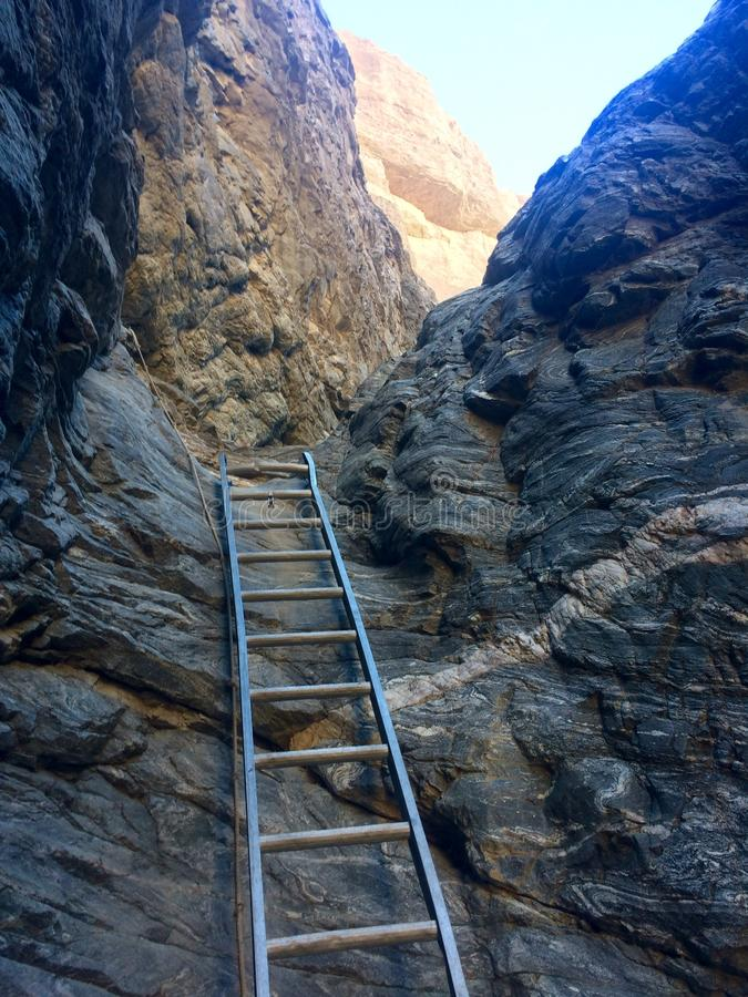 Leiter-Wanderung lizenzfreie stockbilder