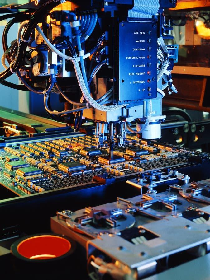 Leiterplattemaschine lizenzfreie stockfotos