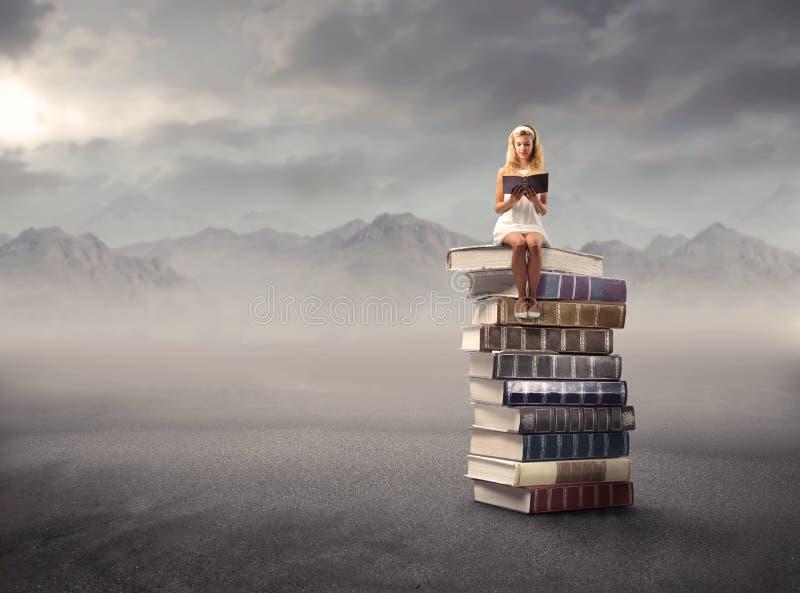 A leitura é vida imagens de stock