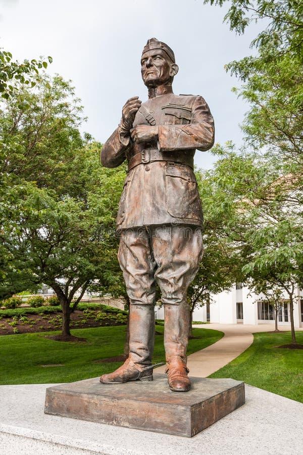 Lejeune-Statue an Marineschule Vereinigter Staaten lizenzfreie stockfotografie