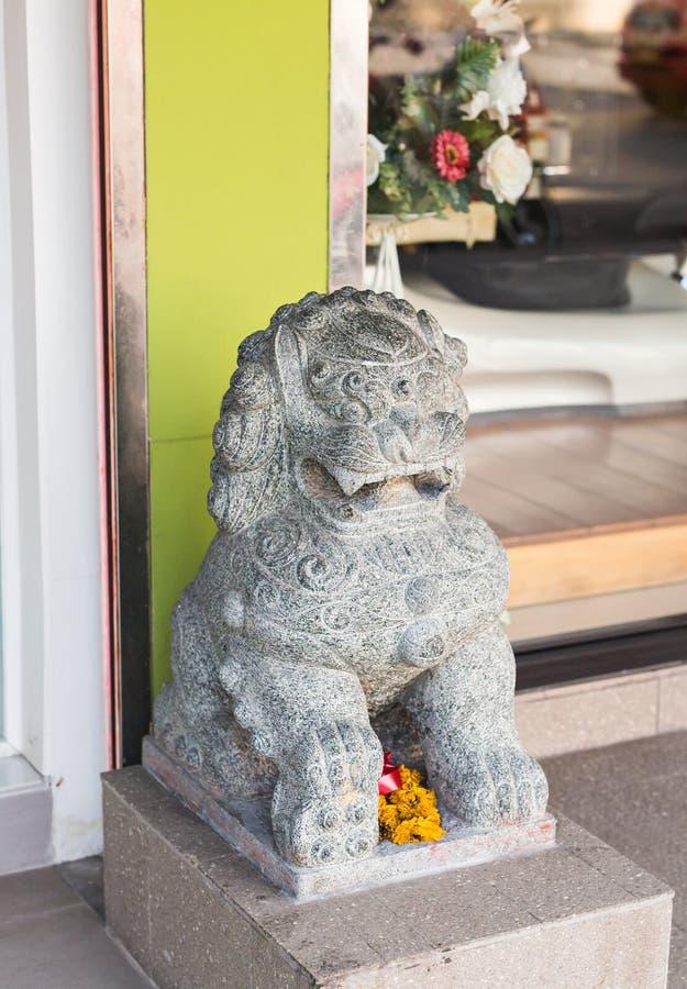 Lejonskulptur på Thailand royaltyfri bild