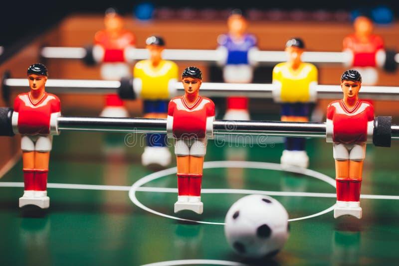 Lek för tabellfotbollfotboll & x28; kicker& x29; fotografering för bildbyråer