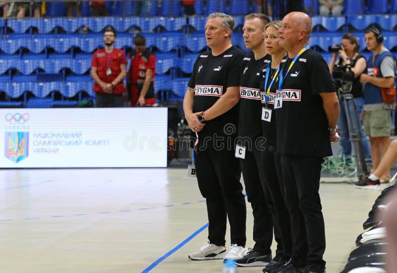 Lek Ukraina för handboll för bestämningar för EHF-EURO 2020 V Danmark royaltyfri fotografi