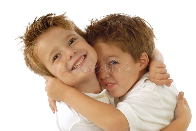 leka för pojkar royaltyfria bilder