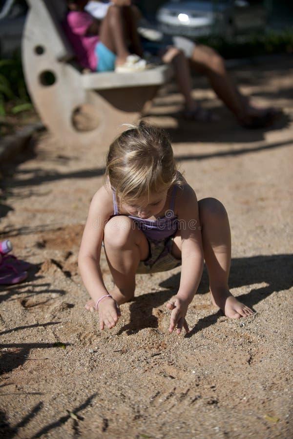 leka sand för barnlekplats fotografering för bildbyråer