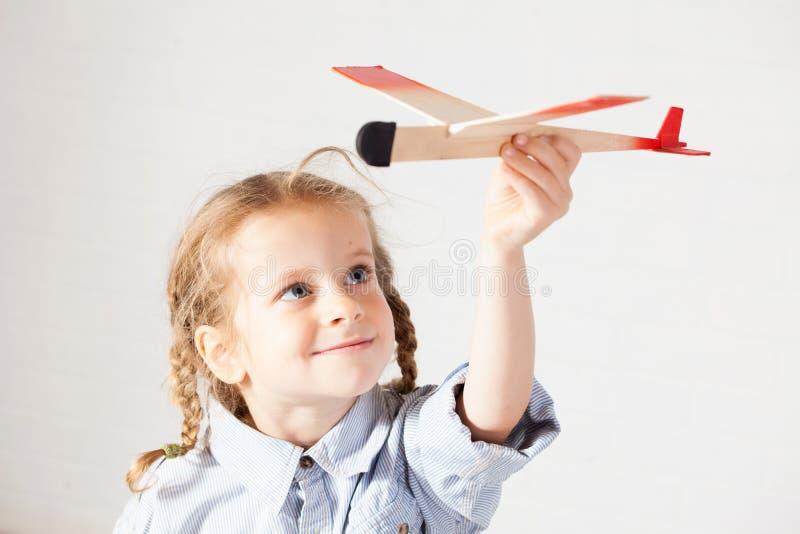 leka toy f?r barn arkivfoto