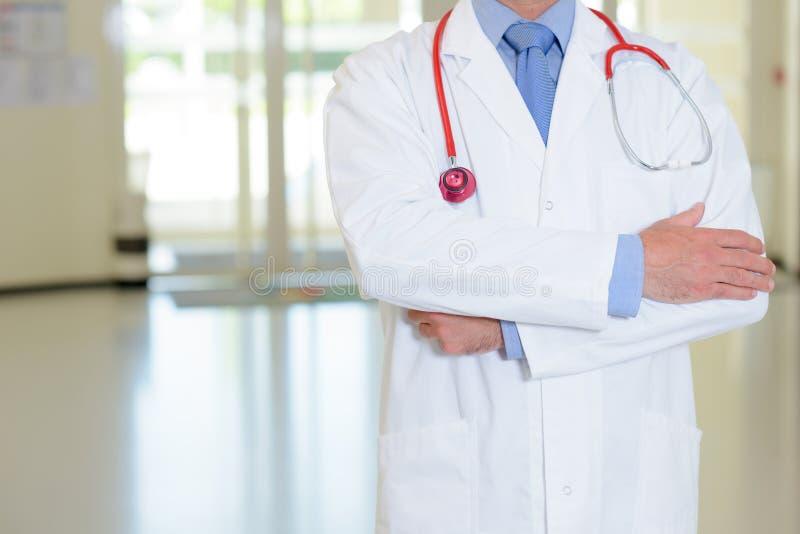 Lekarz w szpitalu zdjęcia stock