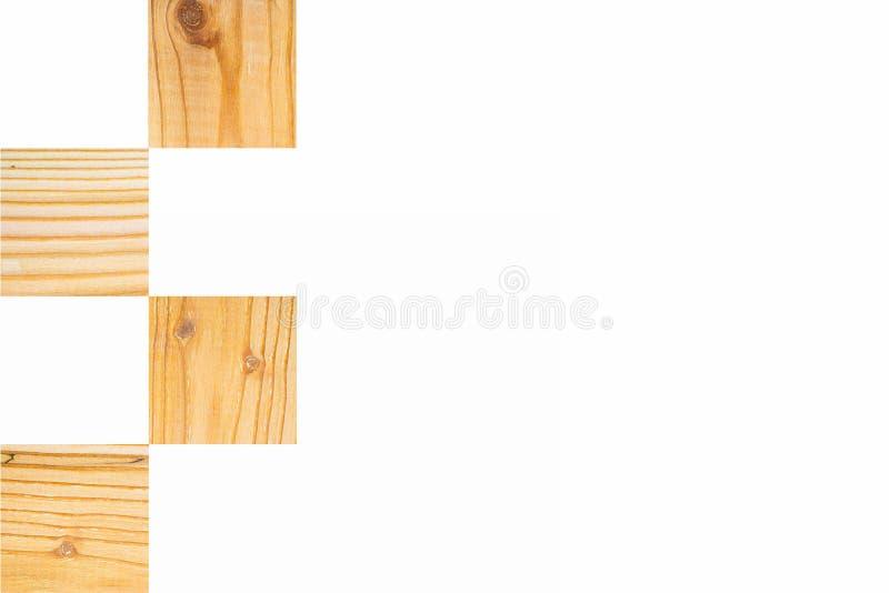 Lekcy textured drewniani kwadratowi bloki w szachowej deski rozkazie na białym tle, Horyzontalny z kopii przestrzenią dla teksta  zdjęcia royalty free