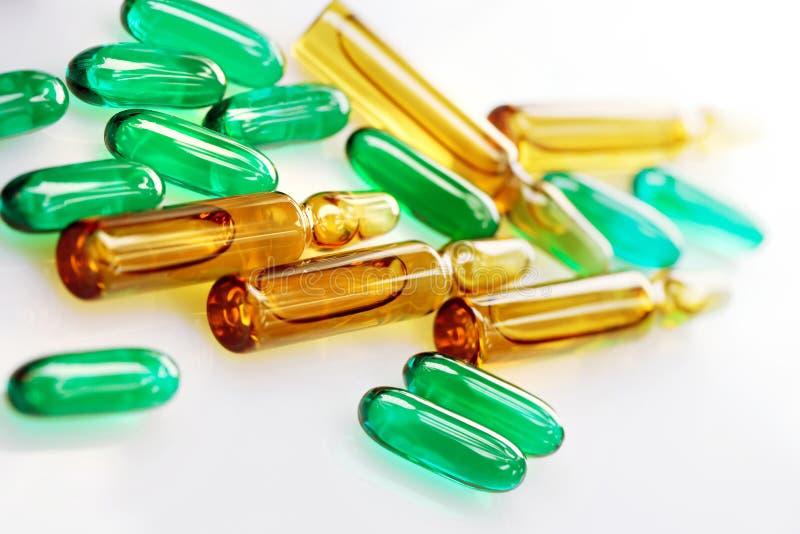 Leki lub witaminy zdjęcie stock