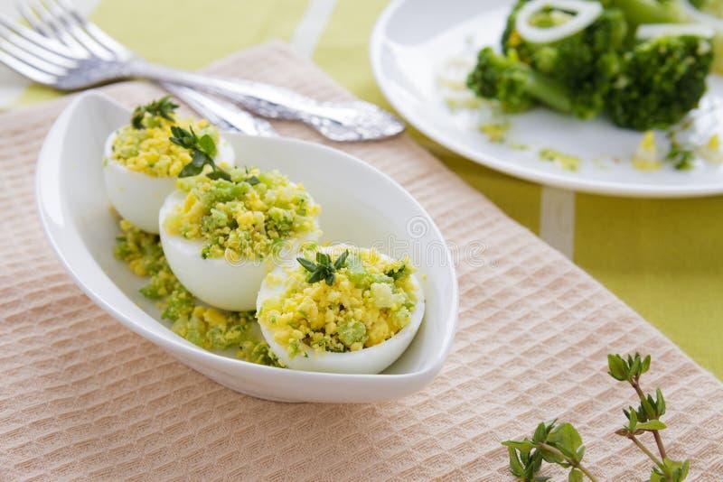 Lekka przekąska gotowani jajka faszerujący obrazy stock