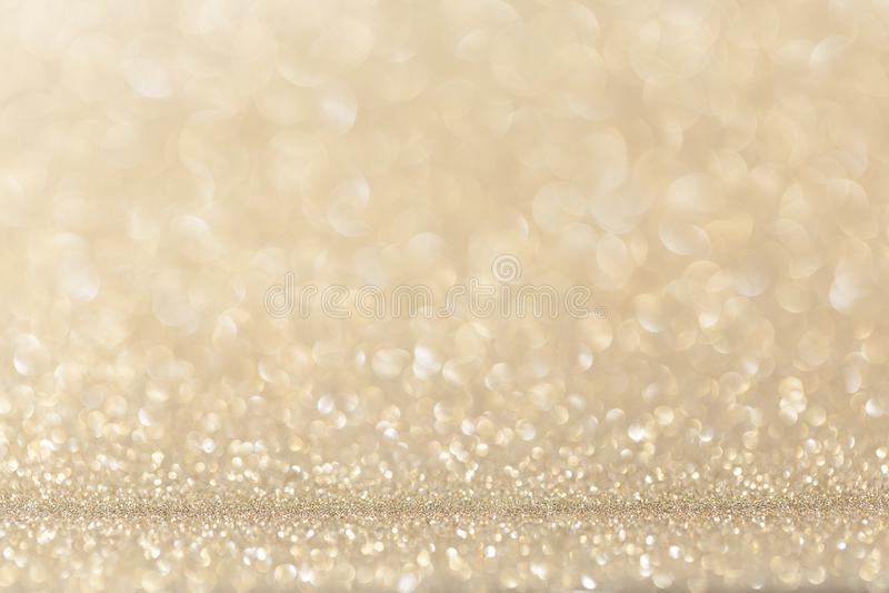Lekki złocisty żółty błyskotliwości tło zdjęcie royalty free