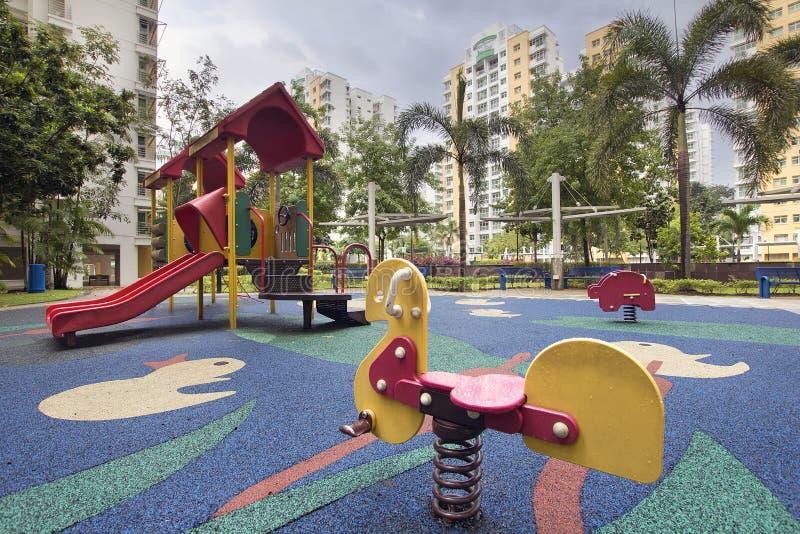 Lekplats 2 för Singapore allmännyttanbarn arkivbilder