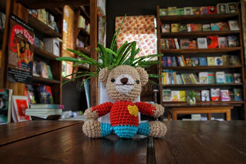 Leksaker för en bok fotografering för bildbyråer