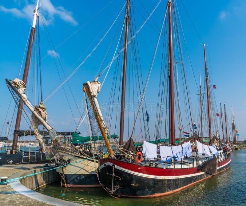 Lelystad, Nederland 11 april 2018, oud houten varend schip stock afbeelding