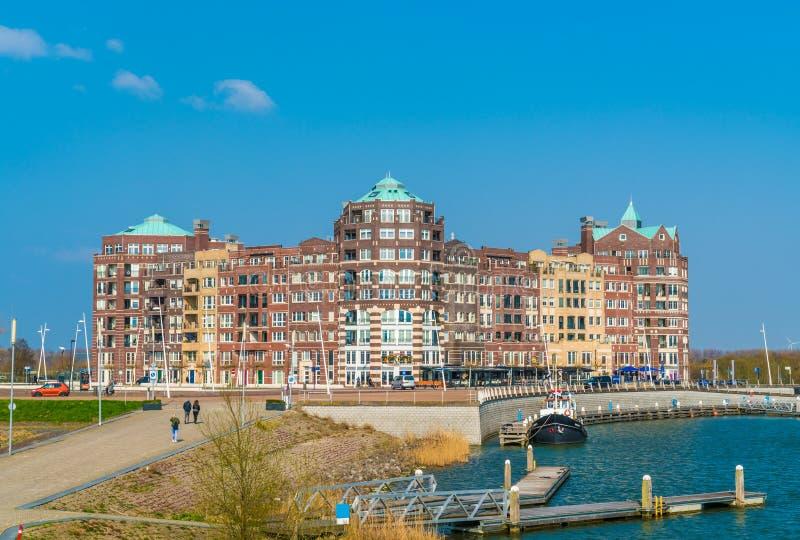 Lelystad, turista holandês do 11 de abril de 2018 que anda para imagens de stock