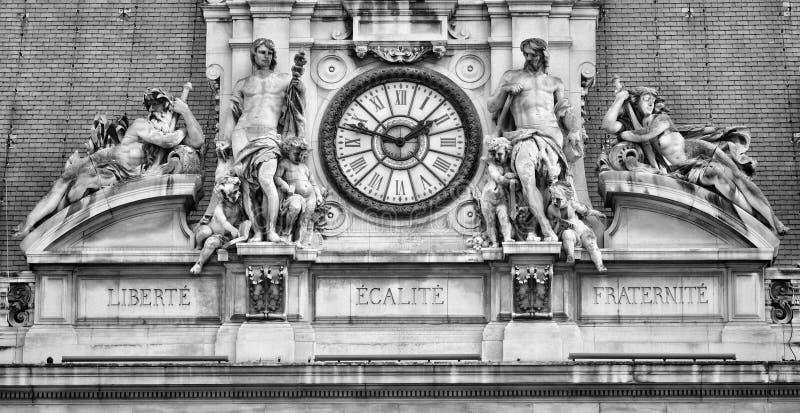 Lema francés en ayuntamiento de París fotos de archivo libres de regalías