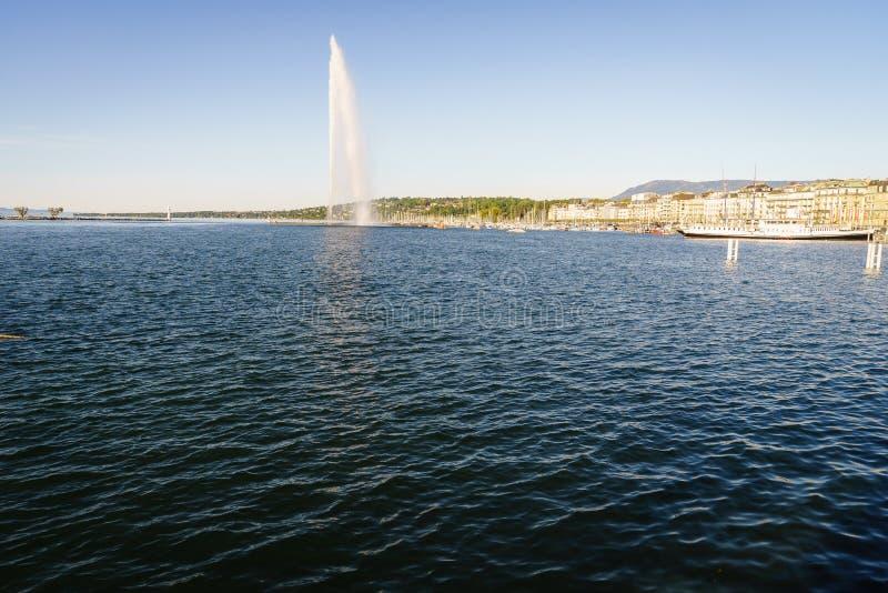 Download Lemański miasto zdjęcie stock. Obraz złożonej z europejczycy - 57661628