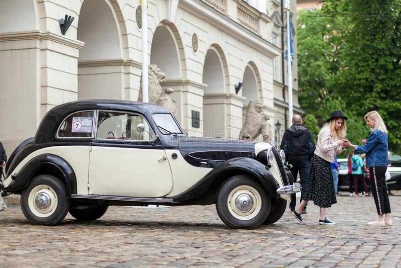 Lemberg, Ukraine - 3. Mai 2019: Ausstellung von Retro- Autos LEMBERG-STADT-TAG lizenzfreies stockfoto