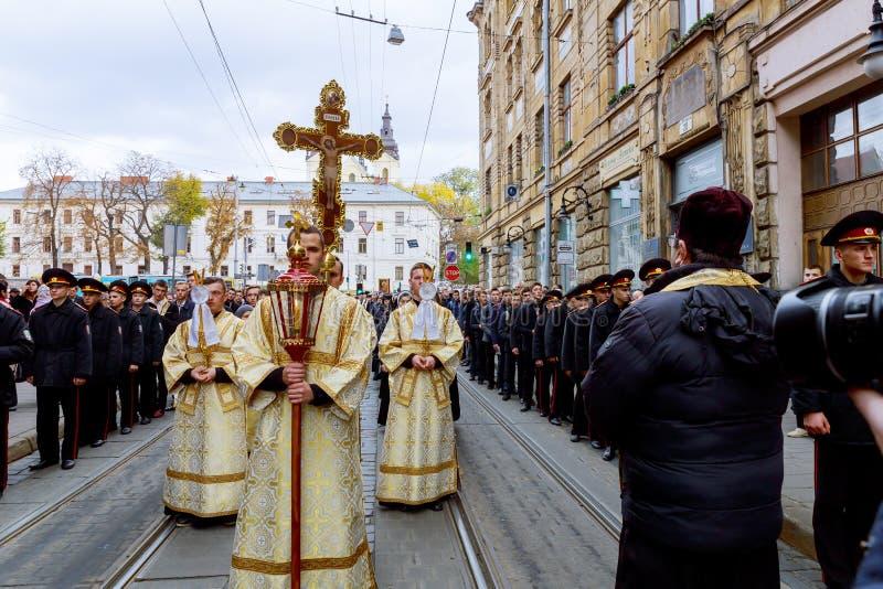 LEMBERG, UKRAINE - 16. Oktober 2017: Karwocheleidenschaft und Tod des religiösen Feiertags der heiligen Prozession in Lemberg lizenzfreies stockbild