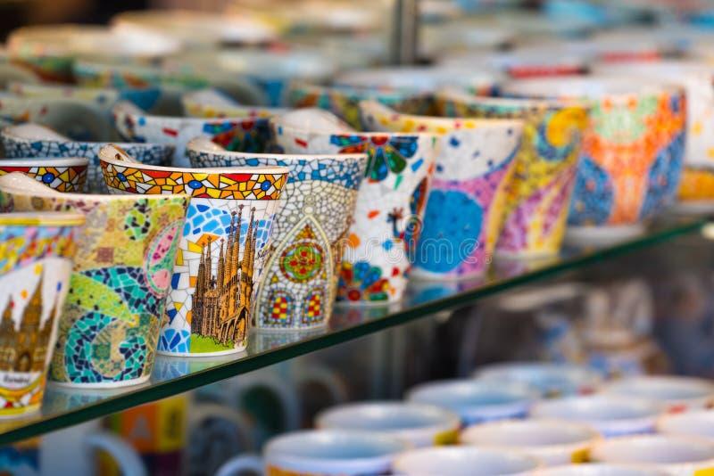 Lembranças coloridas em Barcelona imagem de stock royalty free