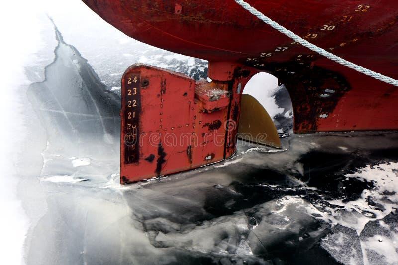 Leme do navio de carga fotos de stock