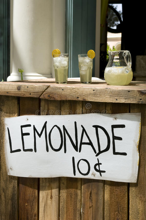 Free Lemonade Stand Stock Photo - 10403720