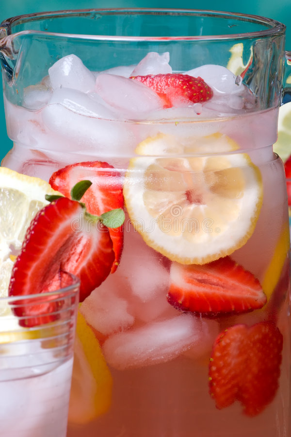 lemonadepink royaltyfria bilder