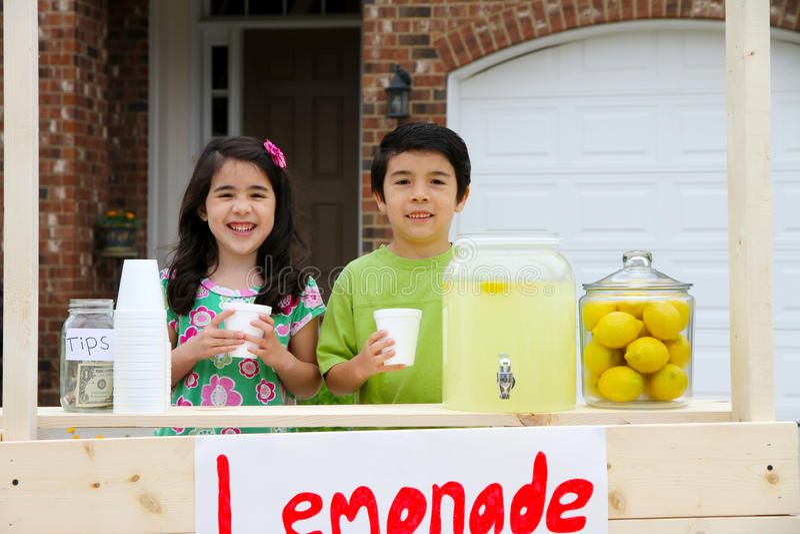 lemonadestand royaltyfria foton