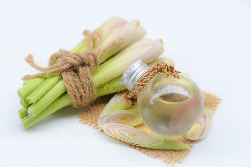 Lemongrass istotny olej z Aromatherapy obrazy stock