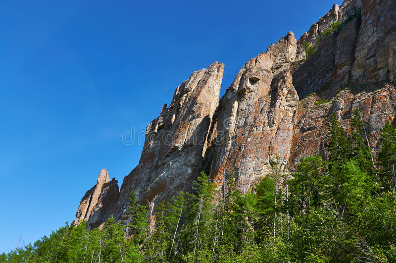 Lena Pillars, banco del río Lena, Yakutia imagen de archivo